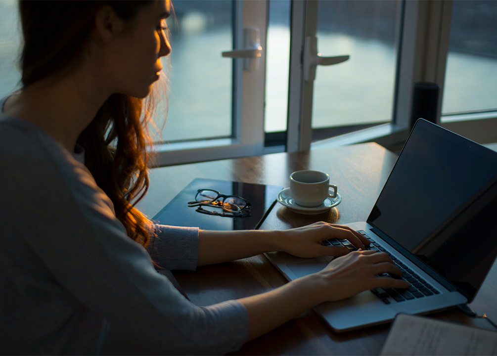Studies Show Workers Lighting Up While Working from Home